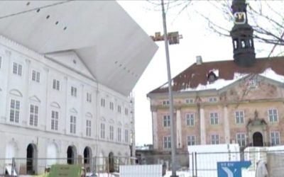 The facade of Narva College, University of Tartu, refers to the history of the city