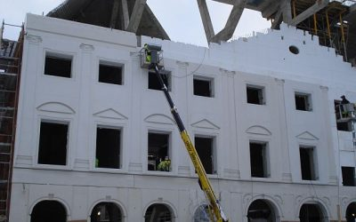 Installation work on the exclusive external façade has begun at the University of Tartu Narva College object